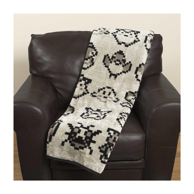 Original Pixels Fleece Throw Blanket Pok 233 Mon Center