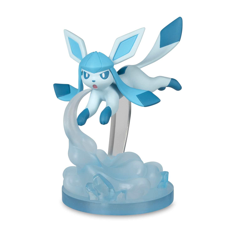 4th Generation pokemon plastic figure Glaceon 1-2 inches tall NEW in U.S